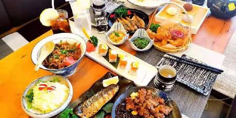【红谷滩区丨吉川日料】99元抢门市价288元【吉川日料套餐】,多种款式多重美味,享受传统日式风格,一次就满足你挑剔的味蕾~