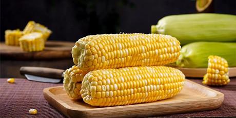 顺丰限量2000单,限时5天!!!【千千生鲜丨水果玉米】可以生吃的云南水果玉米,脆!嫩!甜!净重5斤现仅需19.9元,净重9斤现仅需29.9元!香香甜甜,水分超足,满口清爽,老少皆宜。水果玉米现掰现发,采用顺丰快递,让新鲜的玉米快速到你手上!
