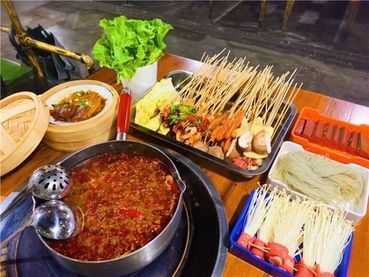 千千惠生活杭州站产品:沾喜儿卤味串串火锅限时59.9元抢购!